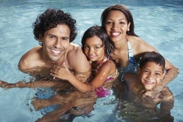 lentes de contacto para piscina